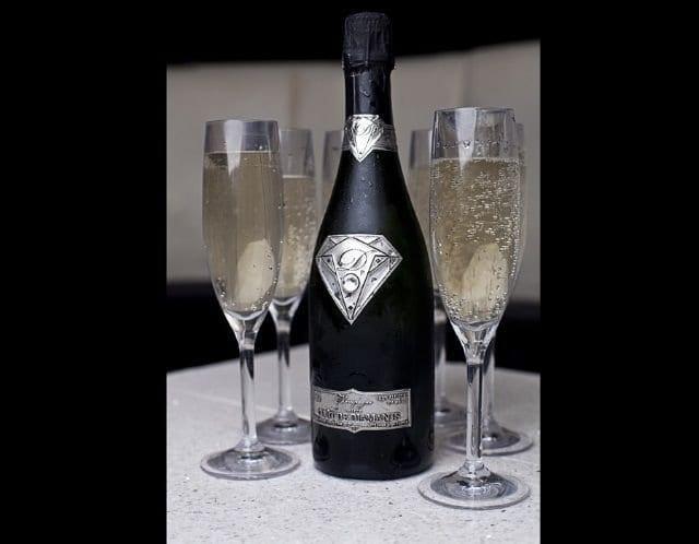 Avec quoi est fait champagne